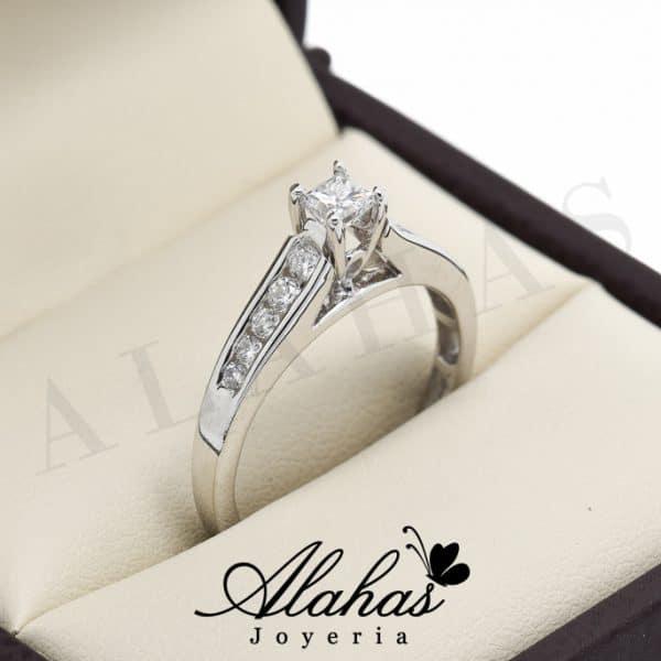 Anillo de compromiso Oro 14k diamantes sdiam-058